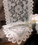 LS165-82 Ivory lace table runner