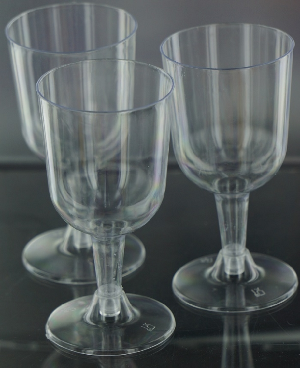Clear Plastic Disposable Economy Wine Glasses Are Great