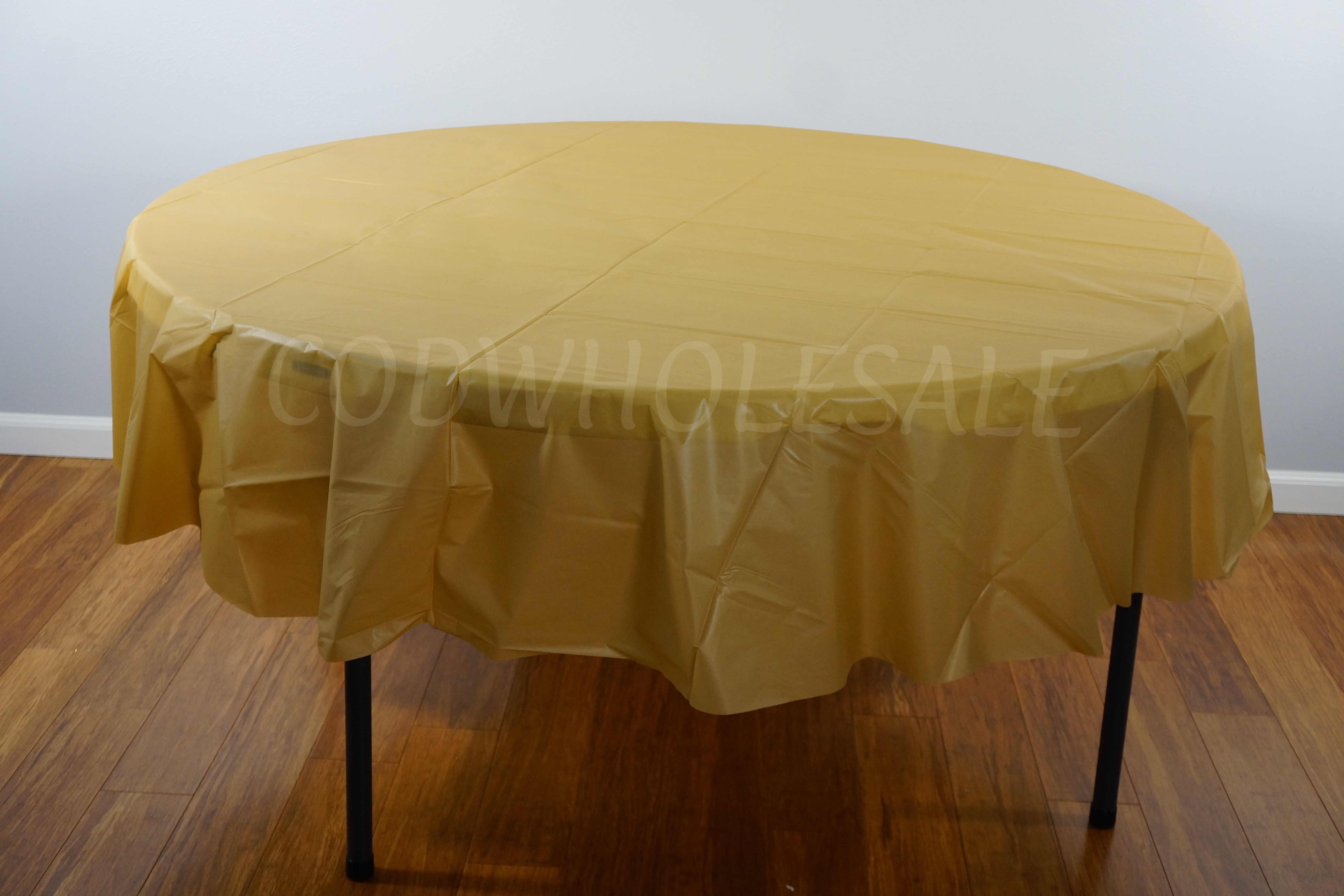 GOLD 84 inch round plastic tablecover