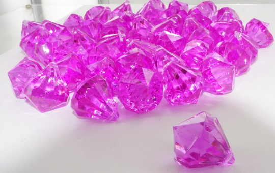 Acrylic diamonds FUCHSIA