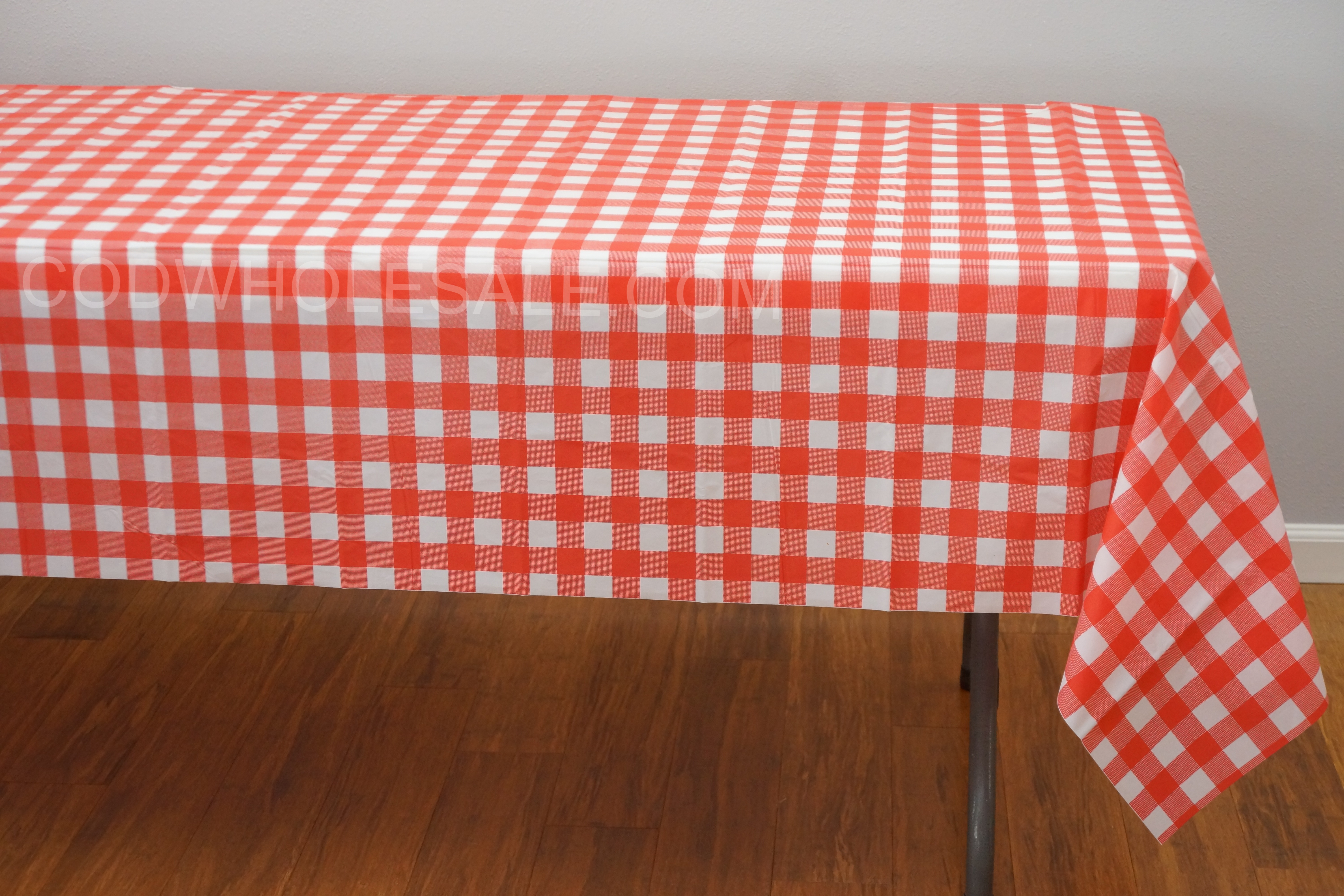 Red Rectangle Plaid Tablecloths