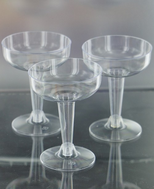 Economy clear plastic champagne glasses (12ct)
